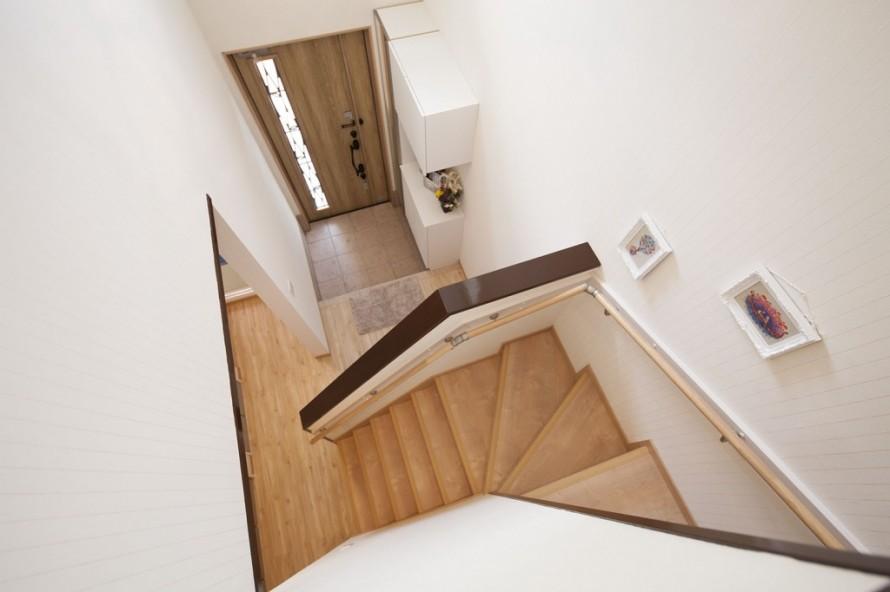 玄関・階段廻り